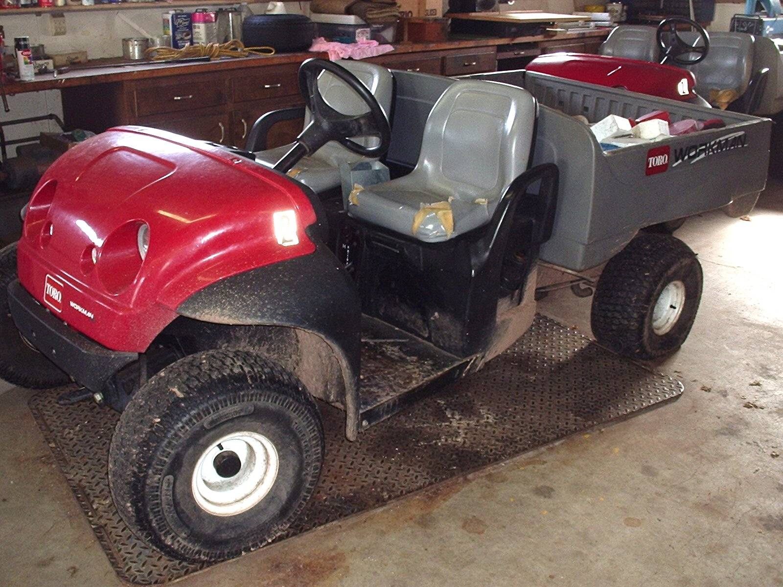 00002 Used Toro Hydraulic Wheel Motor 95 8694 additionally Index besides 400508768290 furthermore pact Utility Loaders furthermore Toro GrandStand Mower With 52 22 Turbo Force Deck 74549. on toro rotary mowers